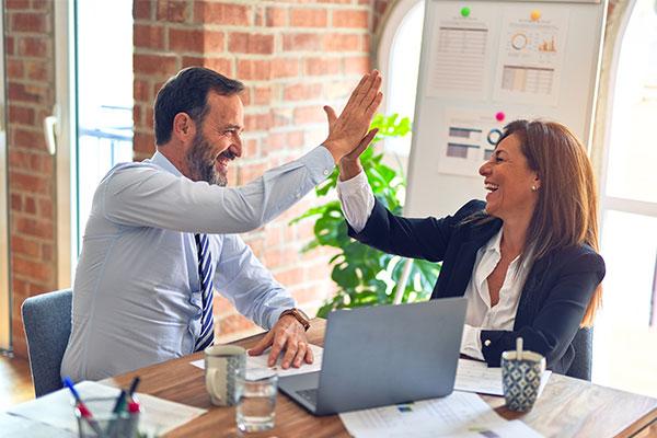 DEECIO HR – Karriere- & Personal-entwicklung